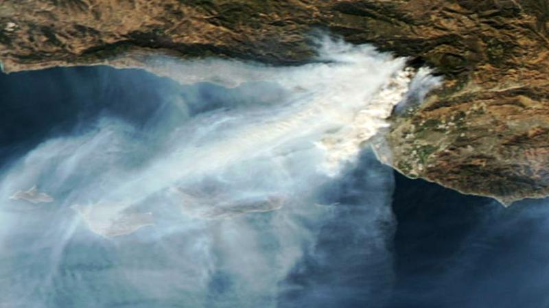 Kalifornijskie pożary na zdjęciu satelitarnym